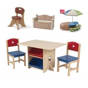 Otroške lesene klopi in otroške lesen mize so odlična stvar za popestritev vašega malčka na vrtu.