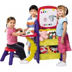 Praktičen in uporaben organizator za igrače, pisan, zabaven in prikupen.