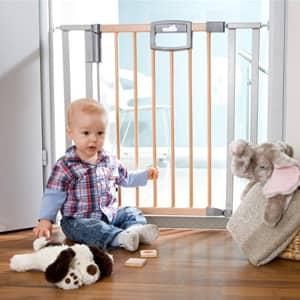 varnostna vrata za otroke.Velika izbira varnostih ograj za otroke.Otroška varnostna ograja za stopnice na voljo pri nas veliko izbire.