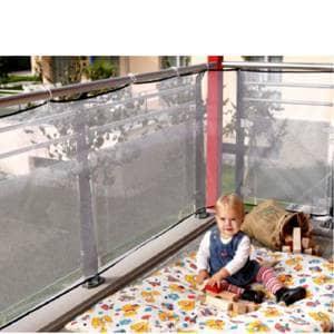 Varovalo za balkon za zaščito vašega najmlajšega pred neveranimi padci.