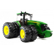 Bruder traktor John Deere 7930 z dvojnimi kolesi - 1:16 03052